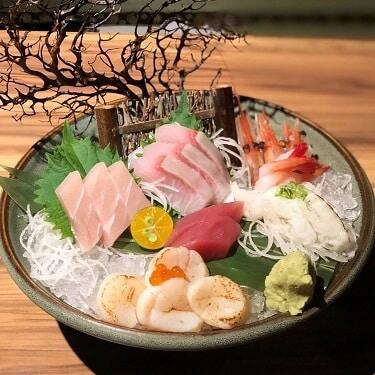 野草居食屋_菜單_綜合生魚片(上)
