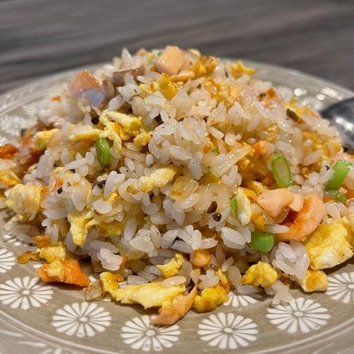 野草居食屋-菜單-松露鮭魚炒飯